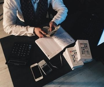 BFSI Careers - Types of Financial Institutions